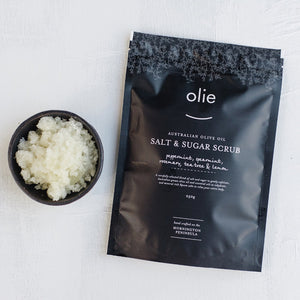 Olie Salt Scrub Peppermint, Lemon & Tea Tree