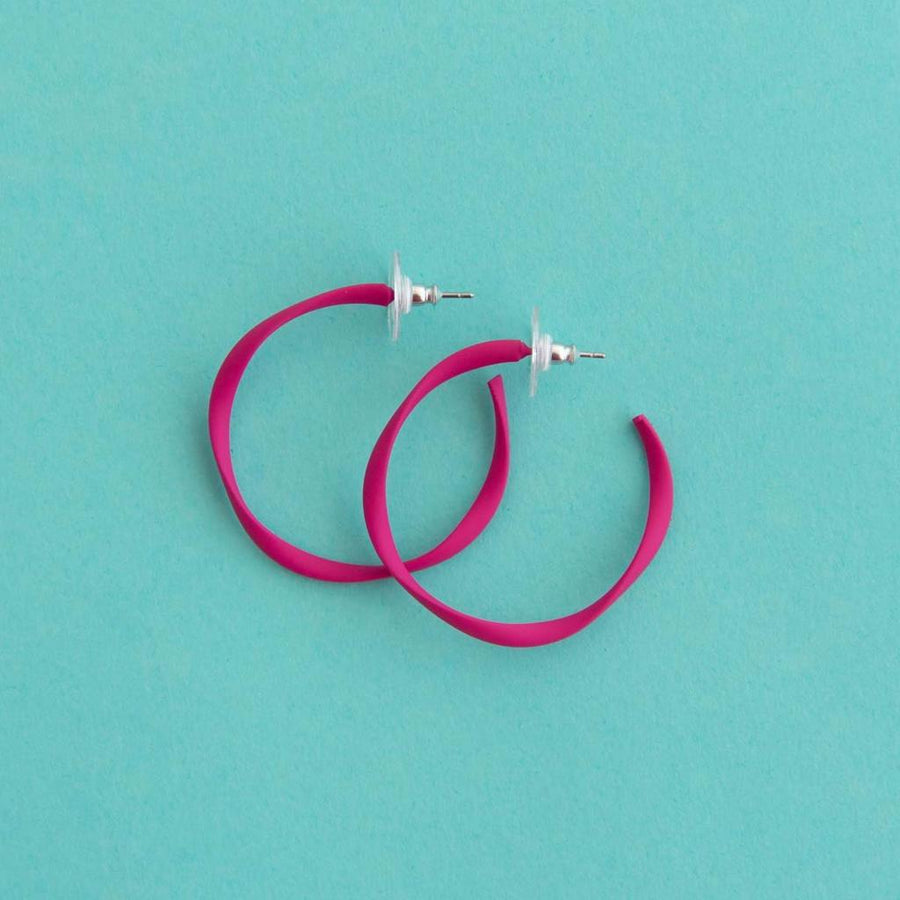 Twisted Midi Hoop Hot Pink