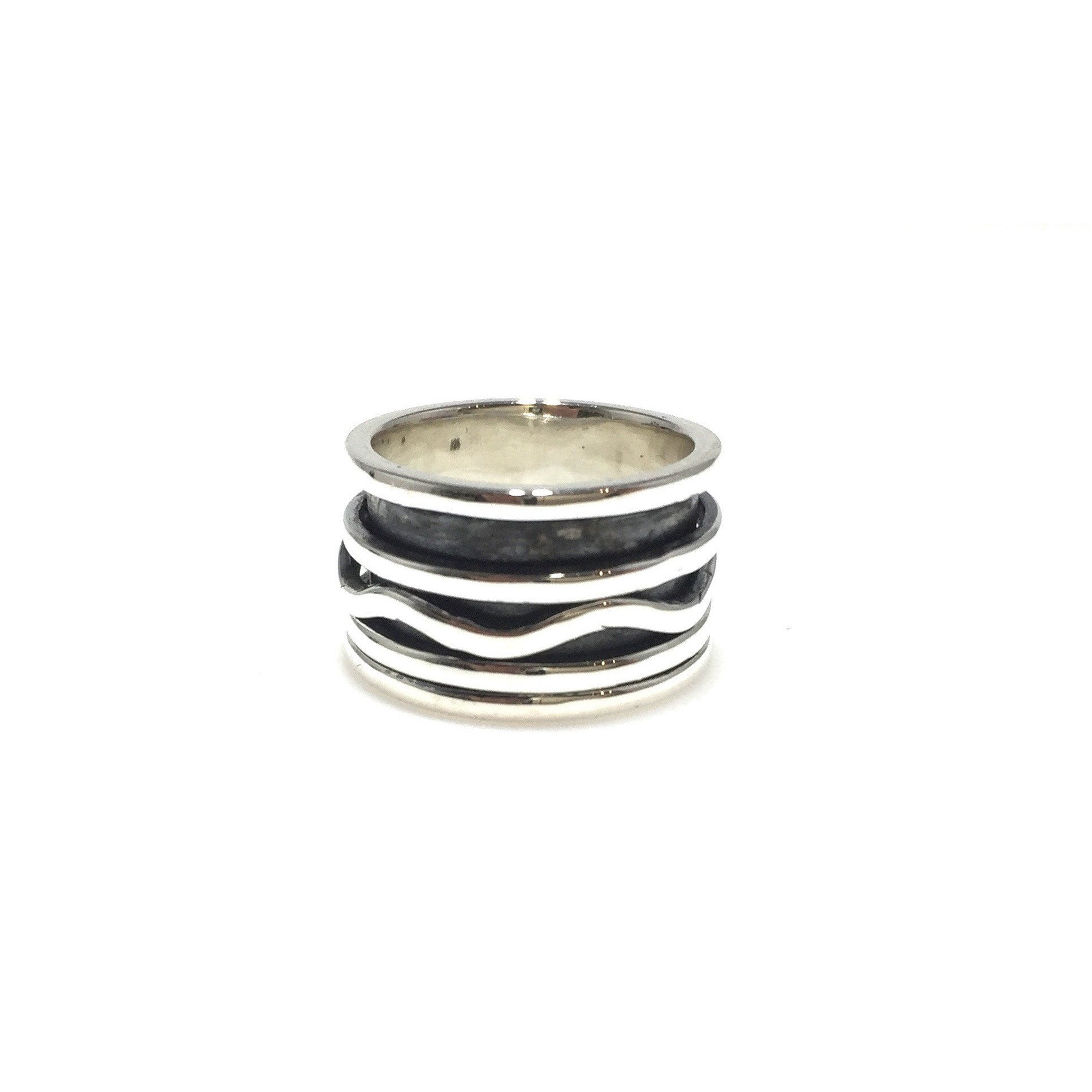 Sterling Silver Wave Meditation/Spinner Ring - SPREE