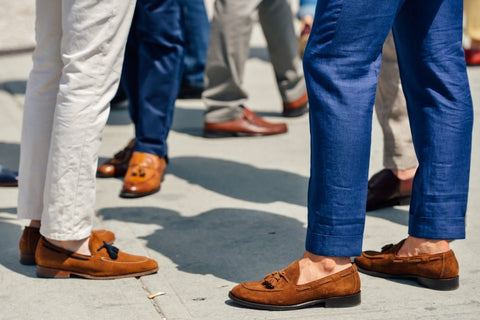 men wearing loafers without socks