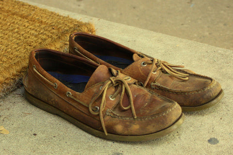 boat shoes ruined by not wearing socks