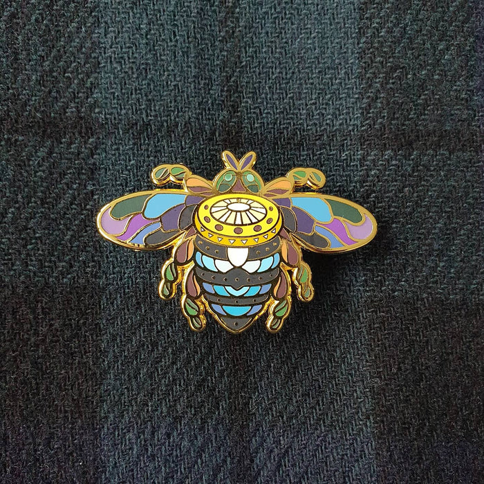 BeeKeeper Parade's Magical Australian Sun Bee Pin