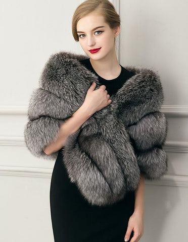 The Stars Hotsale Womens Grey Plush Faux Fur Cape