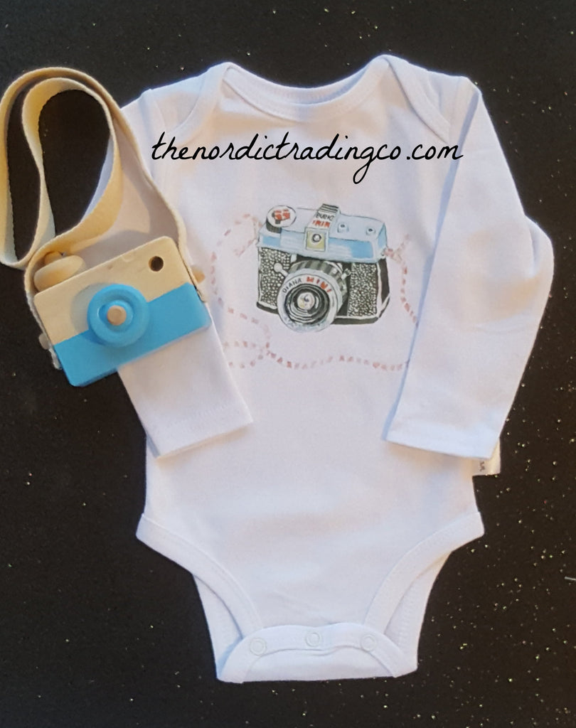 Say Cheese Onesie LS Newborn Boy Bodysuit & Nordic Wooden Toy Camera Set Doubles As Cute Nursery Decor Boy's Baby Shower Gifts Infant
