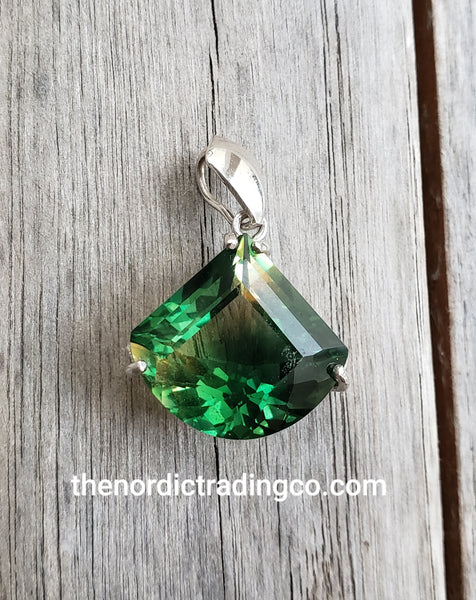 Emerald Green Gold Tourmaline Gemstone Necklace Women's Pendant Expertly Faceted Womens Pendants Accessories Jewelry Gifts Mom Mothers Day Birthday