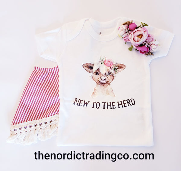 New to the Herd Heifer Couture Baby Girls Onesie Cow Bodysuit Top Shower Gift Girl Clothes Infant Newborn Gifts Farm Cows Calf Clothing