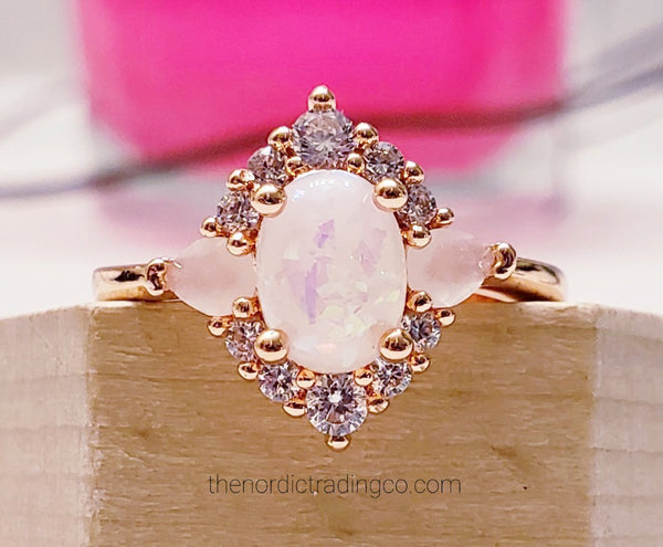 Womens Vintage-Style Lab Opal Ring Wedding Engagement Ring's Women's Jewelry & Gifts