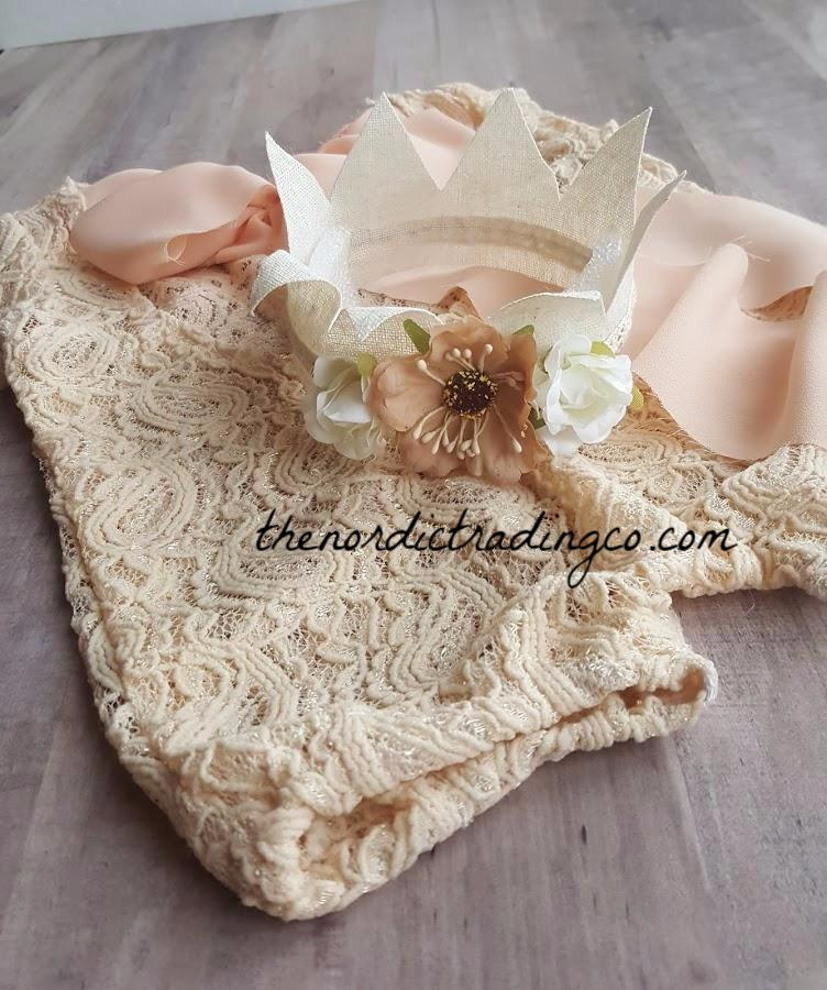 Newborn Girl's Lace Vintage Inspired Photo Prop Set Plus Crown 1st Photo Baby Shower Gifts Newborn Girl Outfit Sets