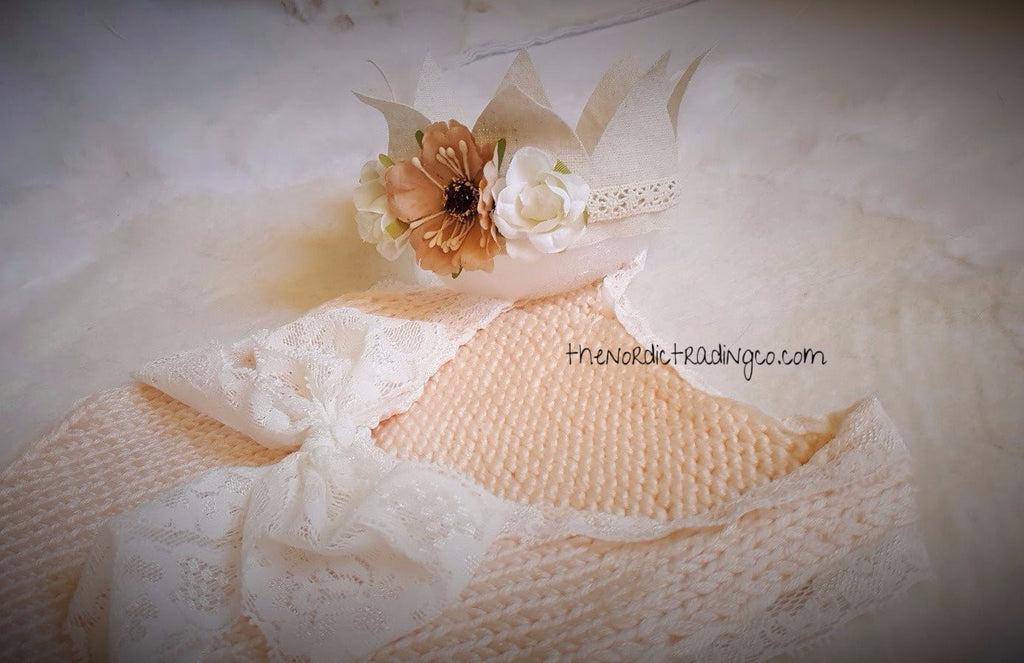 Newborn Baby Girl Handmade Knit & Lace Photo Shoot Prop Bodysuit Plus Flower Crown Head Piece (act photo) Baby Shower Gift Set Newborn Infant Gifts Light Pink Peach Pics