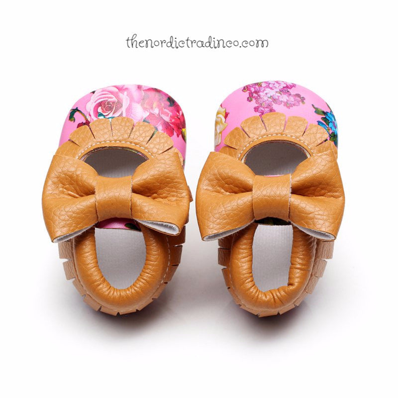 Floral Baby Moccasins Pink Flowers Infant Toddler Mocs Crib Shoes 6-12 mo sz 1 Girl Baby Shower Gift Ideas
