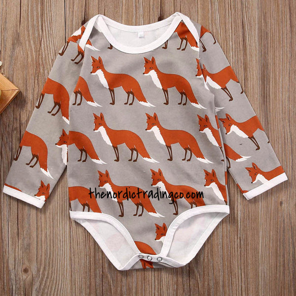 Deer or Fox Boys LS Onesie, Handmade Beanie Hat Newborn Infant Gift Set Baby Shower Gifts Nordic Bodysuit 0/6 mo Clothing Clothes Kids