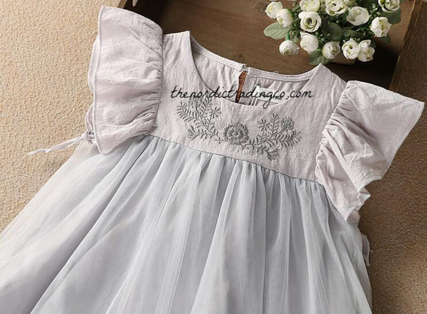 Platinum Gray Tulle Girls Flower Girl Dress Special Occasion Dresses Flutter Sleeve Silver Embroidery