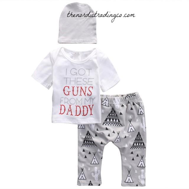 GOT THESE GUNS FROM MY DADDY Baby Boy Gift Set Top Tee Pee Pants & Beanie Infant Baby Shower Gifts Boy's Clothing Apparel USA Shipping Newborn Father's Day Gift