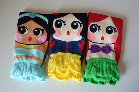 3 Pair of Darling Kawaii Harajuku Princess Socks Little Mermaid Jasmine Snow White / K Pop / Women's Size 5-11 Teen Tween Gifts