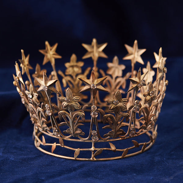 Crown of Stars Antiqued Gold Finish Holiday Home Decor Christmas Decorations Mantel Star Display Tree Topper DIY Floral Arranging Ornaments