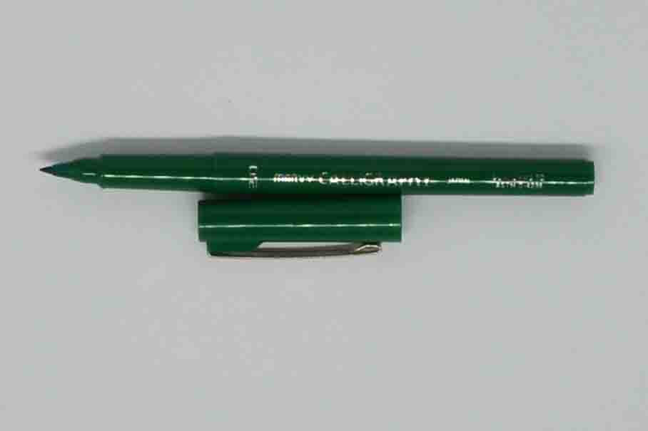 Pens - Marvy Calligraphy - Dark Green - Click here to choose nib size