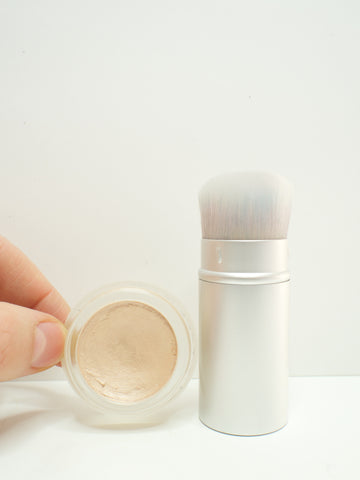 magic luminizer kabuki brush
