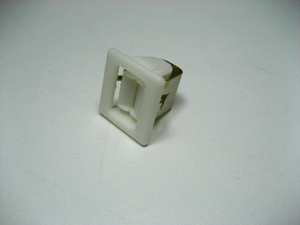 female door latch nordyne 668420R