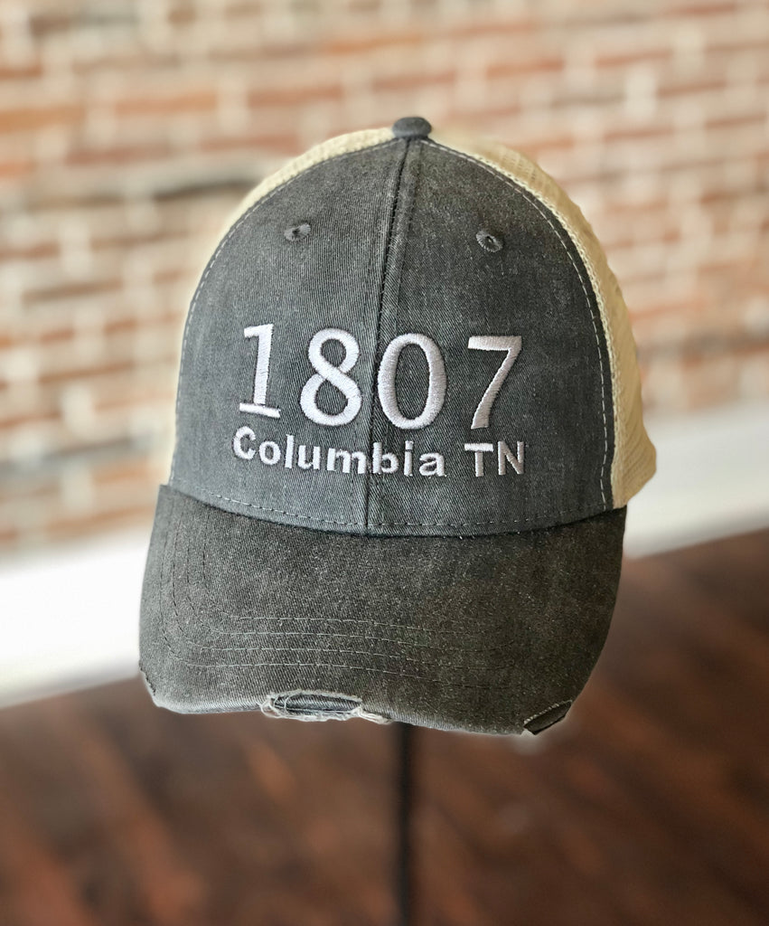 1807 Vintage Distressed Trucker Hat