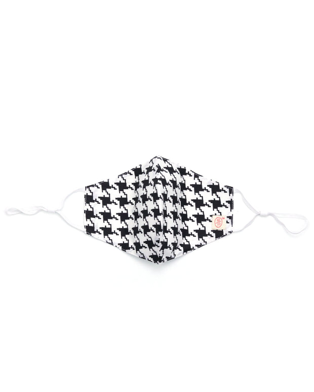 Houndstooth Winter Mask (nose wire embedded) 1
