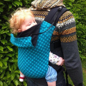 Toddler Connecta Carrier in Teal Dots. It's a Sling Thing - the babywearing experts. The best baby slings, wraps and carriers available to buy online.