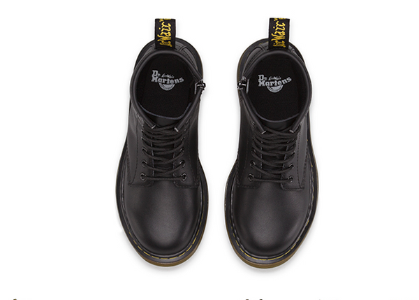 Dr. Martens Delaney Junior