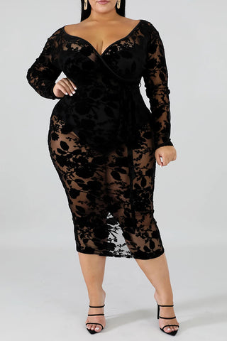 Roaso Sexy V Neck Hollow-out Black Mid Calf Plus Size Dress