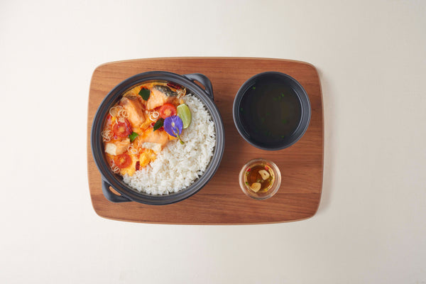 Rice with Fried Salmon Scrambled Egg and Tom-Yam Sauce