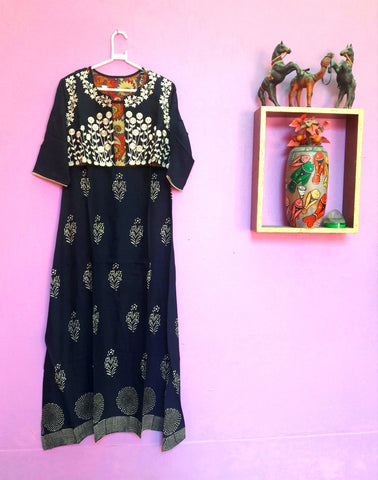 1A. Handloom Full-Lenth Kurti-Gown with jacket 06