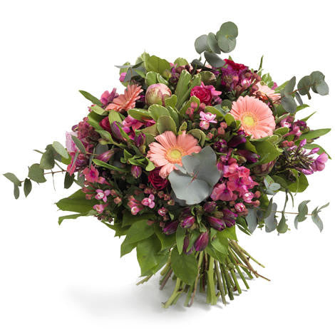 Bess - Pale Pink and Cerise Bouquet Bokis Florists Newbury