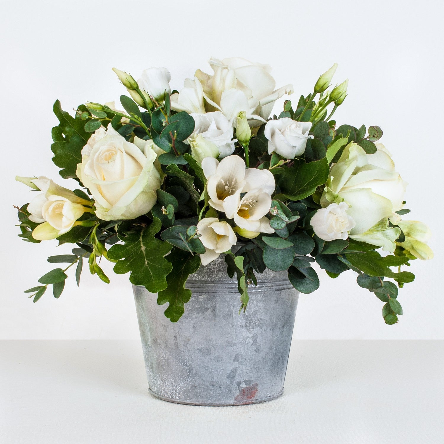 Coro - Cream, Ivory White Zinc Pot Arrangement
