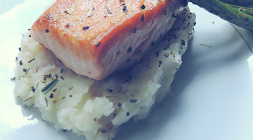 Seared Salmon w/ Garlic Mashed Potatoes | Kissed by the Sun