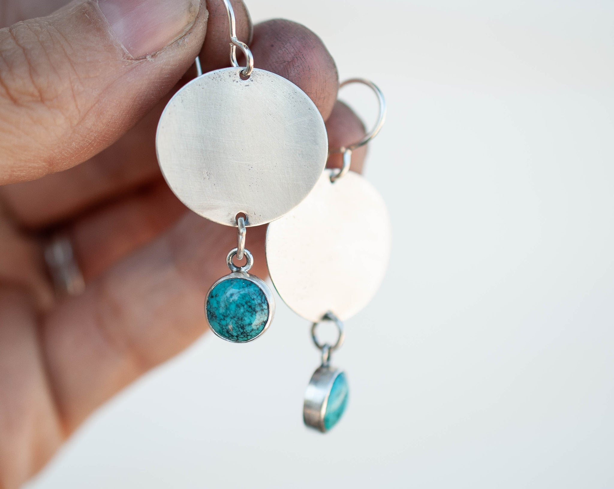 Minimalistic Turquoise Drop Earrings 1