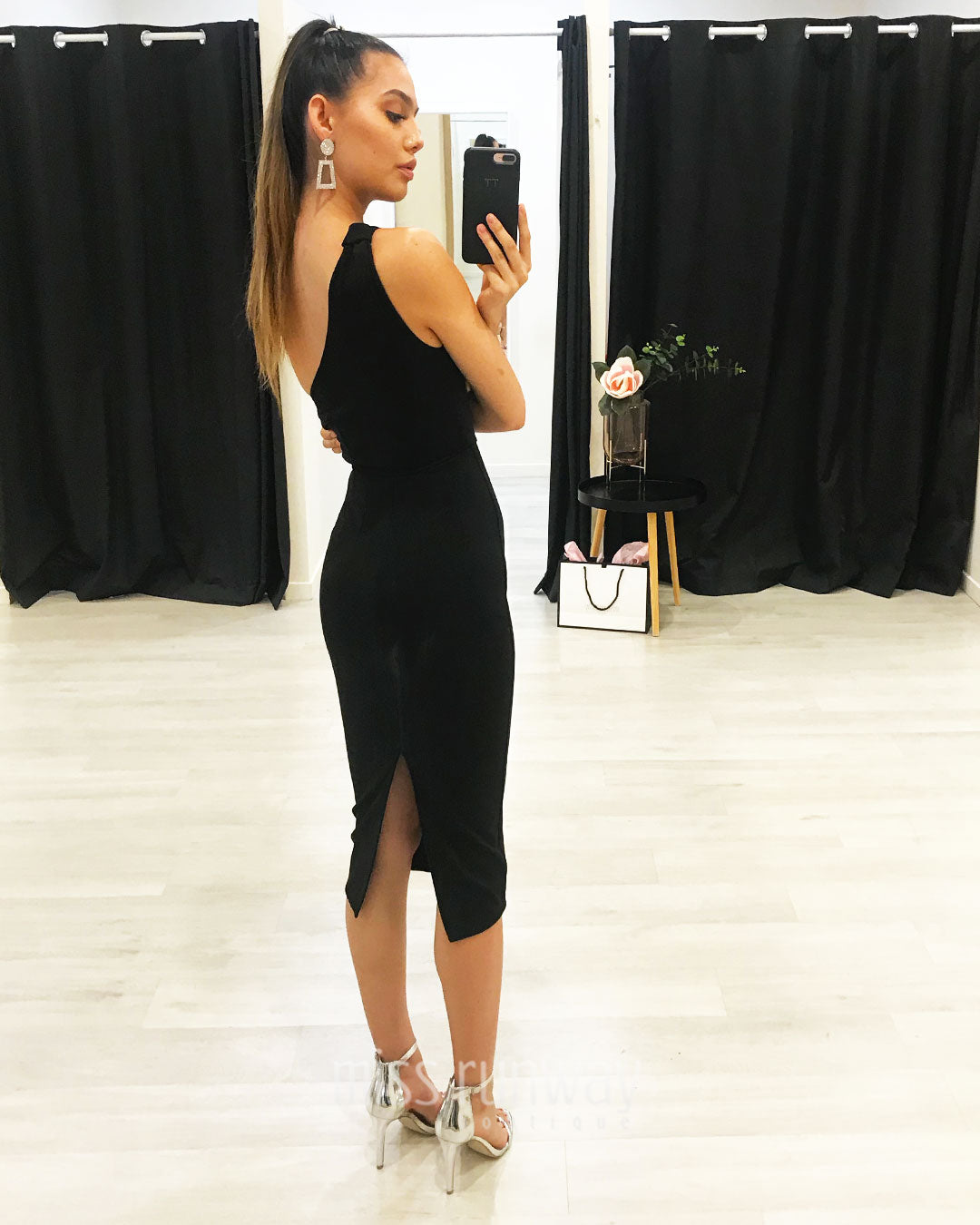 Bella Midi Dress - Black