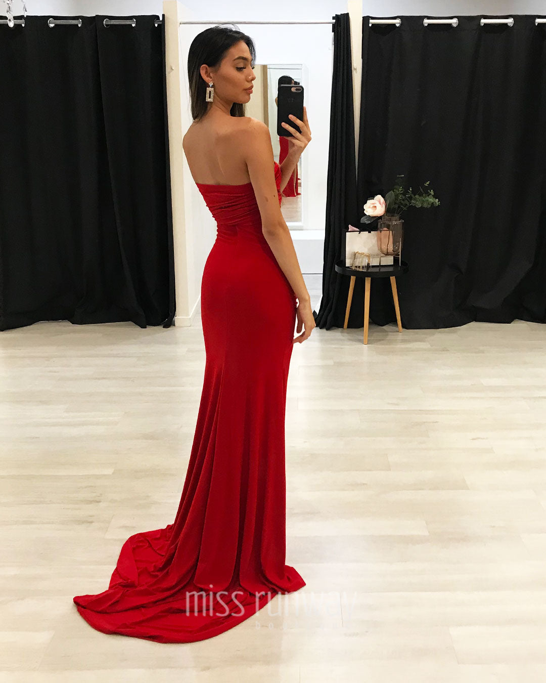 Aleisha Gown - Red