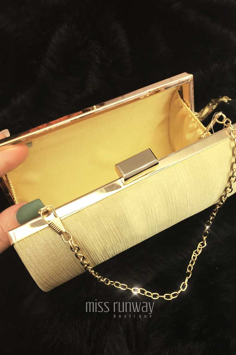 The Designer Life Clutch - Gold