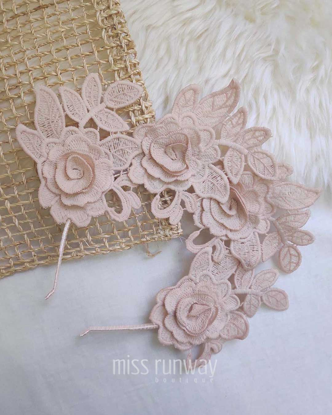 Thea Fascinator - Blush