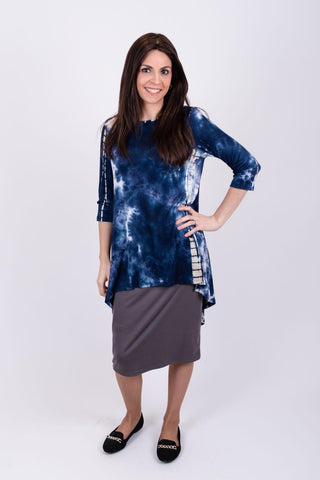 S2108 Pearls Navy Top
