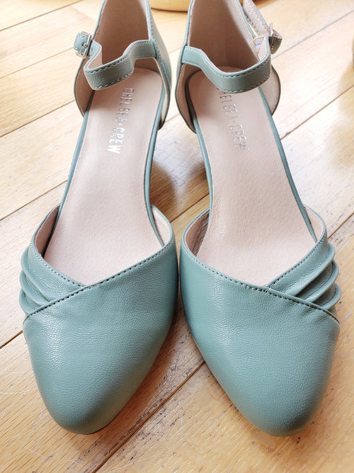 Perina Heel in Mint by Chelsea Crew