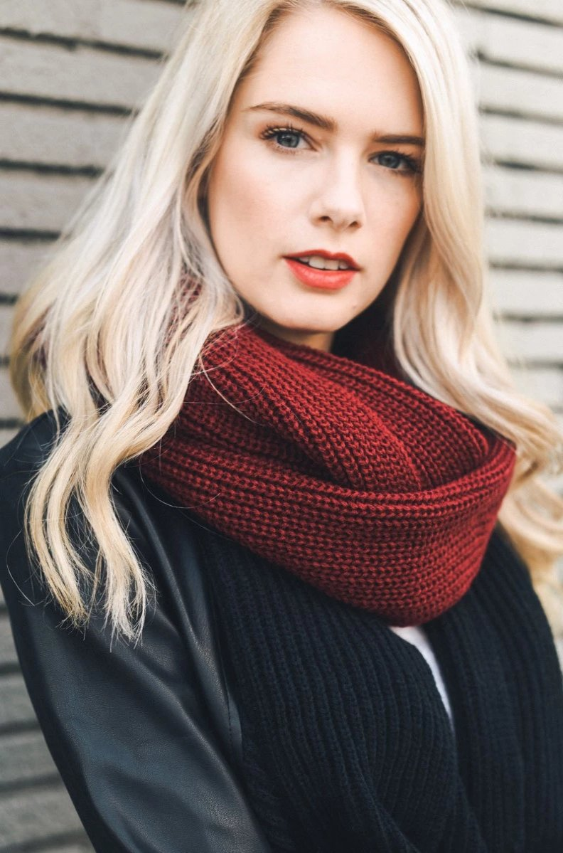 Burgundy Ribbed Knit Infinity Scarf