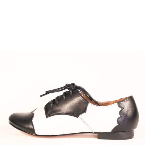 Holden Black and White Oxford Shoes by Chelsea Crew