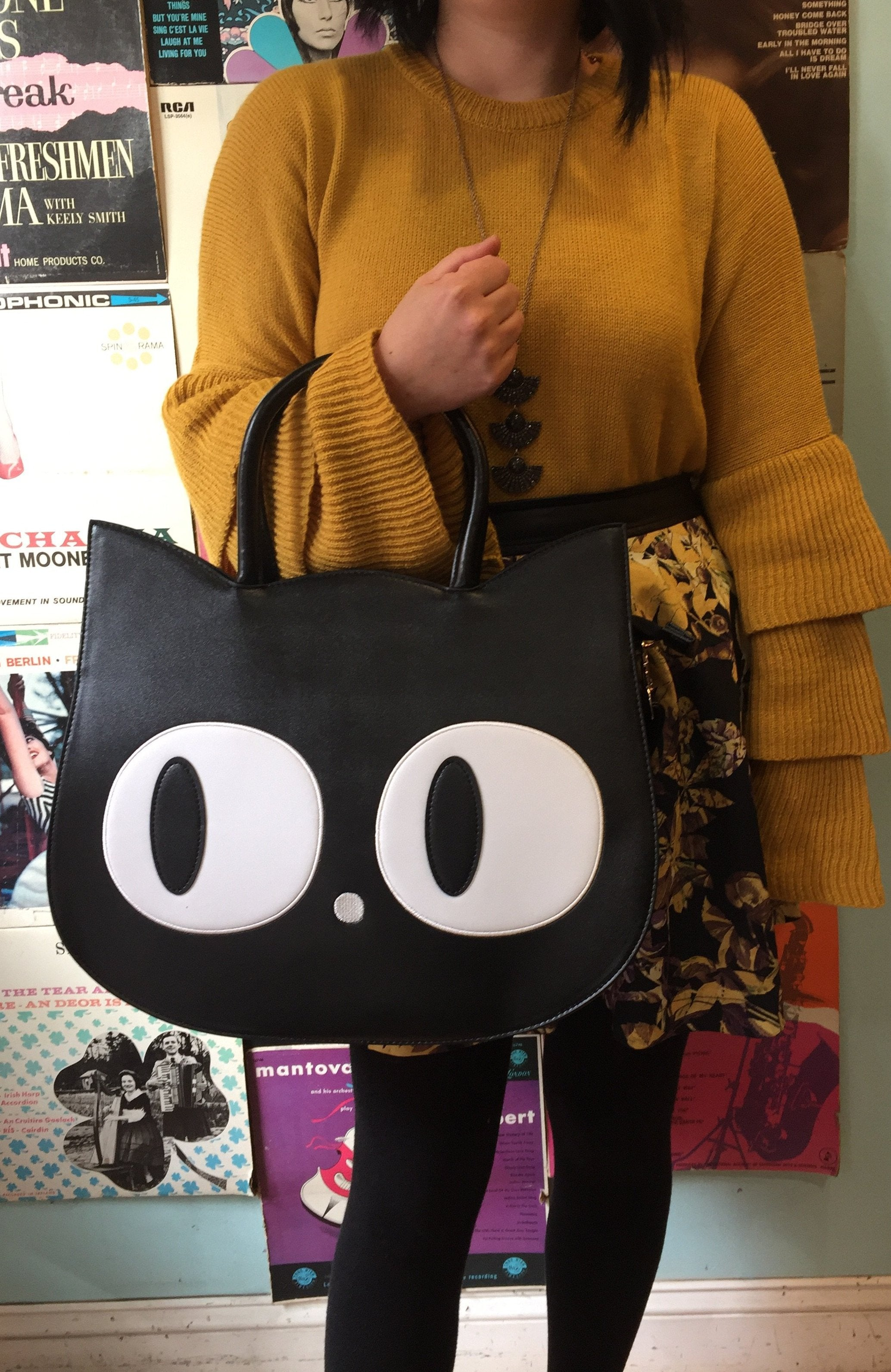 Banned Heart of Gold Cat Bag