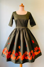 Amber-Lea Leaves Border Dress by Collectif