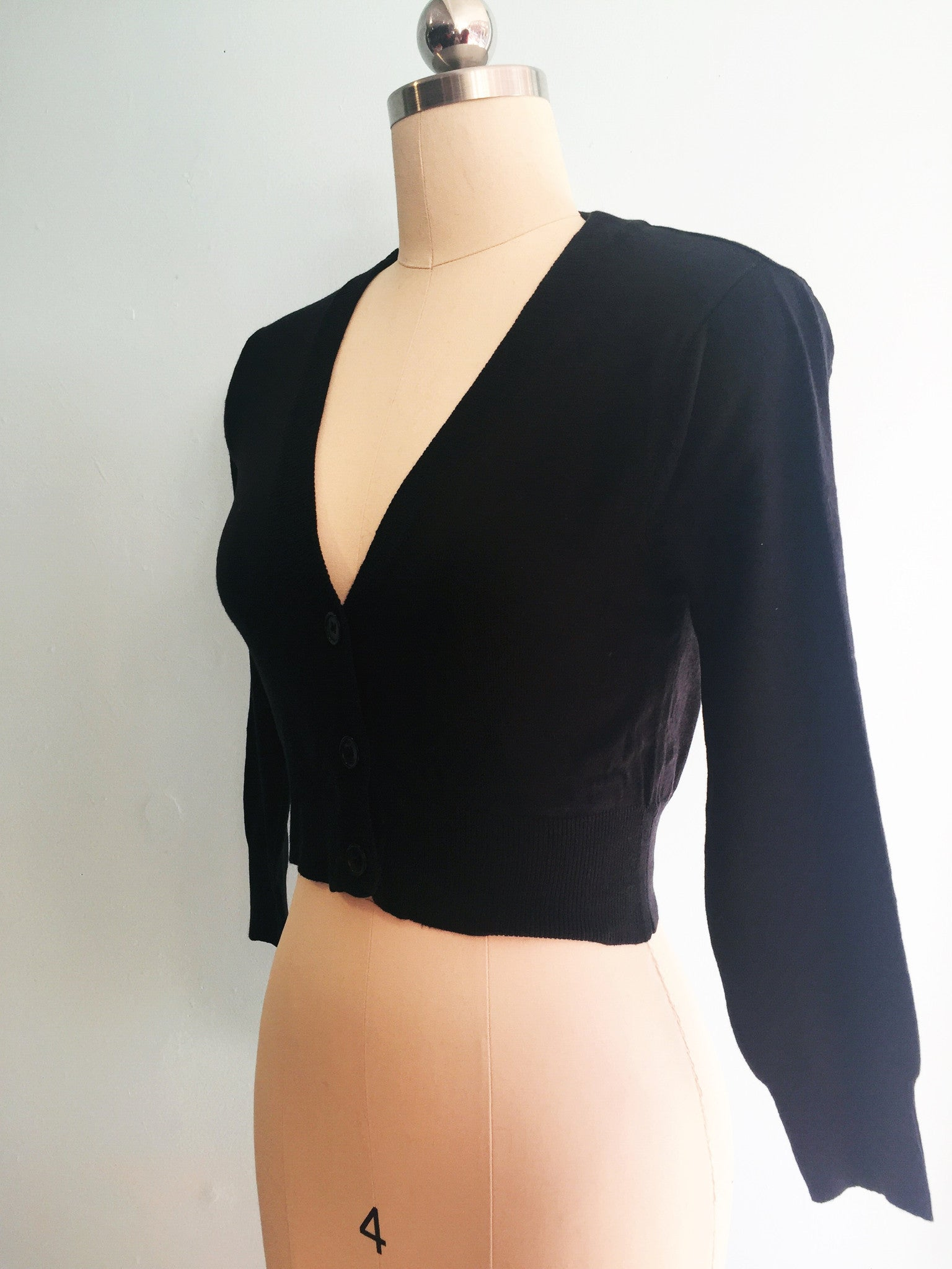Black Perfect Cropped Cardi