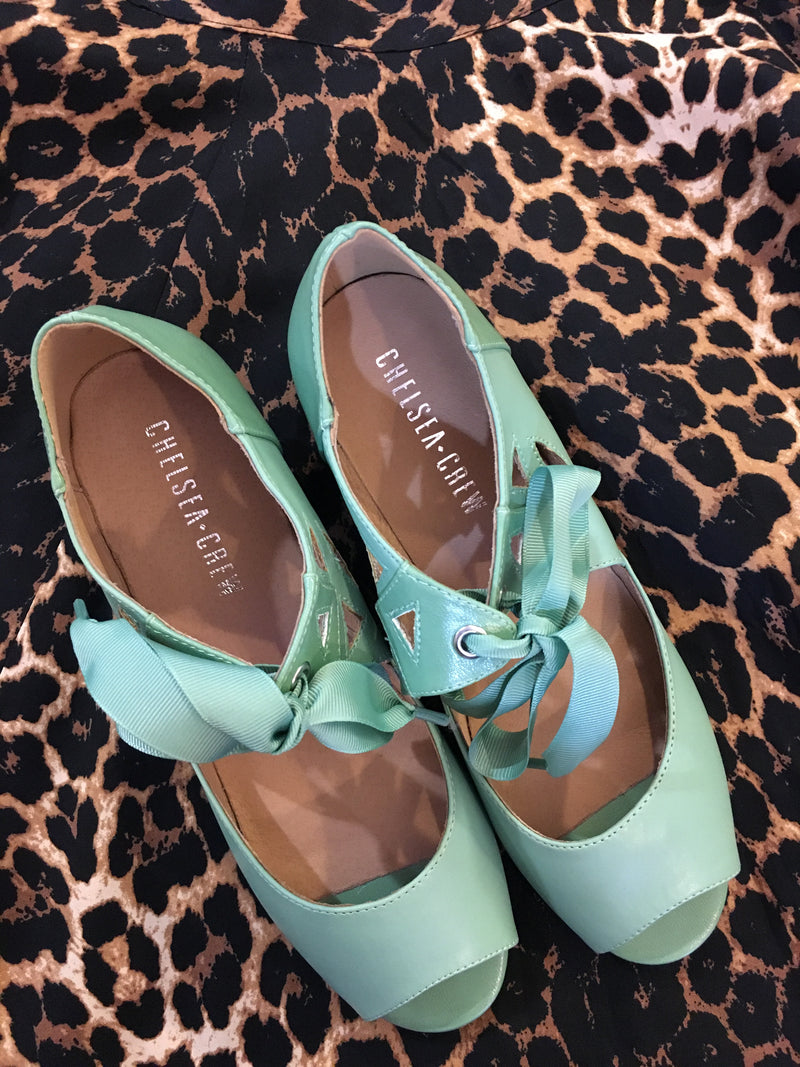 Sonia Heel in Mint by Chelsea Crew