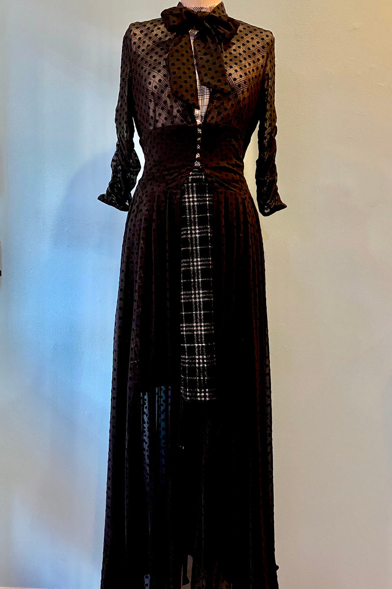 I Love Lucy x Unique Vintage Black Swiss Dot Starlet Duster