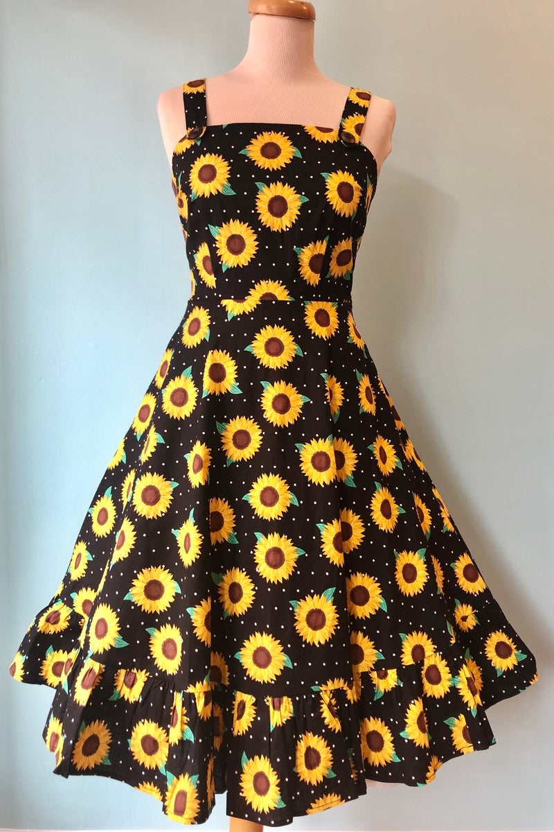 Maggie Sunflower Dress by Collectif