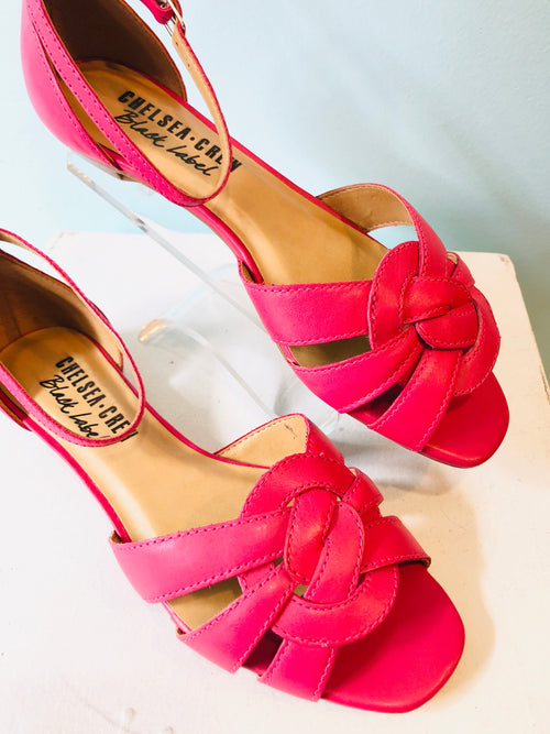 Layla Flat Shoe in Fuchsia by Chelsea Crew