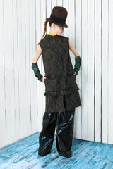 Sleeveless vest with leather details