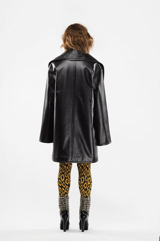 Oversize coat with cut in scarf collar